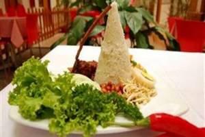 Cherry Homes  Bandung - Makanan