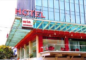 Win Hotel Blok M