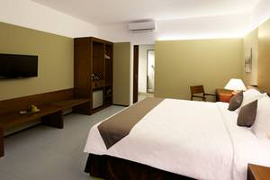 Hotel Neo+ Green Savana Sentul City - room photo 15164766