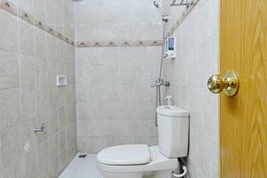 ZenRooms Surya Sumantri Pasteur - Kamar mandi