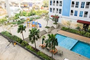 Relaxing Studio Grand Dhika City Bekasi By Travelio