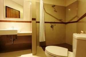 Billy Pendawa Home Stay Bali - Kamar mandi