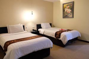 Insumo Palace Hotel & Resort Kediri - Deluxe room