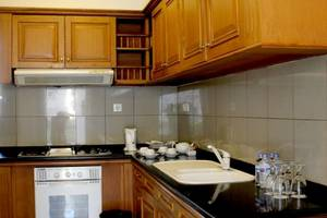 Ciputra Golf Club & Hotel Surabaya - Executive Kitchen