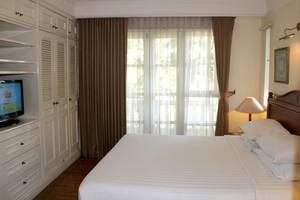 Ciputra Golf Club & Hotel Surabaya - Suite Bedroom