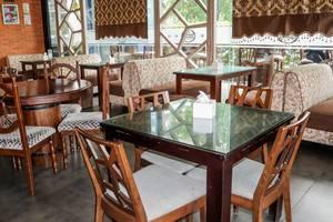 NIDA Rooms Railway Medan Merdaka Square - Restoran