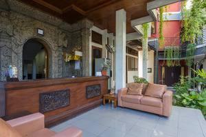 RedDoorz near Ngurah Rai Airport 2 Bali - Lobi