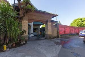 RedDoorz @Tuban Kubu Anyar Bali - Eksterior