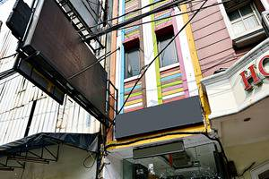 ZenRooms Hayam Wuruk Gajah Mada Jakarta - Tampak luar