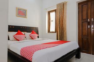 OYO 1190 Ndalem Katong Guest House