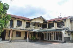 Penginapan Darma Surabaya - Tampilan Luar Hotel