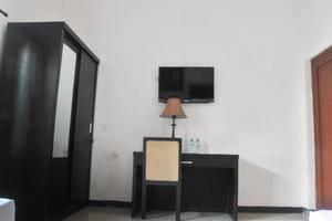 Penginapan Darma Surabaya - Family room