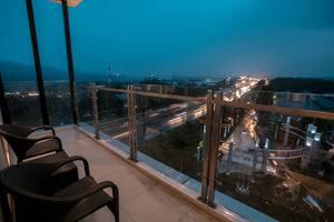 Olympic Renotel Sentul - NIGHT VIEW