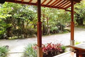 Sapu lidi Resort Hotel Bandung - Pemandangan Kamar Suite
