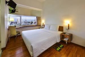 Whiz Hotel Semarang - Whiz Double