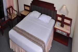 Queen Garden Hotel Purwokerto - Kamar Tamu