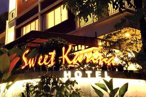 Sweet Karina Hotel Bandung - Hotel Building