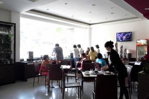 Sweet Karina Hotel Bandung - Restaurant