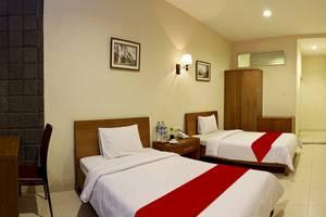 Sweet Karina Hotel Bandung - Simply Room