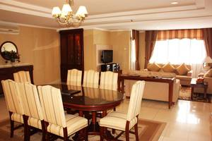 Travellers Suites Medan - Penthouse Suite