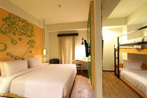 Max One Hotel Legian - Love Room