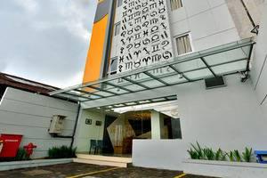 Zodiak Kebonjati by KAGUM Hotels