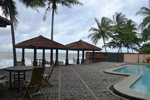 Resort Prima Anyer - Gazebo Beach