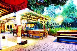Puri Wisata Hotel Bali - Restauran Area
