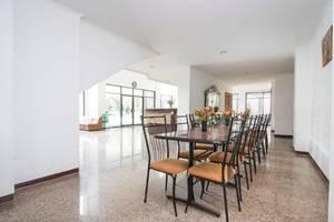 Hotel Wisata Indah Solo - Interior