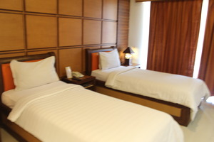 Sutan Raja Hotel Convention & Recreation Kolaka - Twin Bed