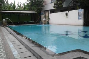 Pesona Enasa Merak Hotel Cilegon - kolam Renang