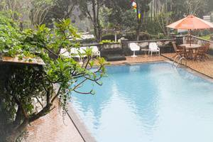 Talita Hotel Puncak - Kolam Renang