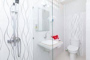 ZenRooms Gili Trawangan Semampar Lombok - Kamar mandi