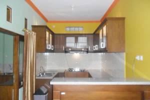 Simply Homy Guest House Sawit Sari 2 Yogyakarta - Dapur