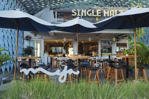 IZE Seminyak Bali - Restaurant