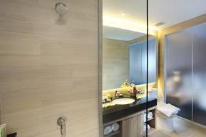 Swiss-Belinn Karawang Karawang - Bathroom