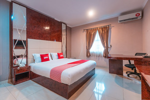 OYO Flagship 2131 Hotel Binong Near Rumah Sakit Aminah
