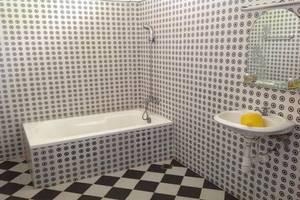 NIDA Rooms Bayur 223 Pangkal Pinang Bangka - Kamar mandi