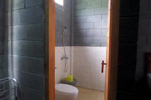 Istana Petani Hotel  Probolinggo - Kamar mandi