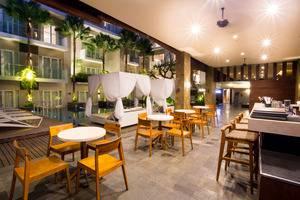 Grand Ixora Kuta Resort Bali - Restoran