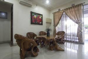 House of Arsonia Flamboyant Jakarta - Lobi