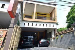 ZenRooms Antapani Syariah Bandung - Tampak luar