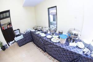 Hotel Sankita Syariah Ponorogo - Buffet Set