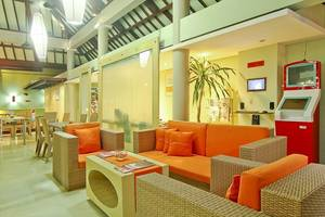 HARRIS Hotel Tuban - Lounge