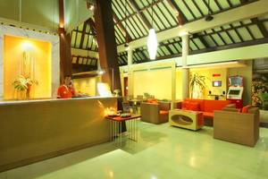 HARRIS Hotel Tuban - Lobby
