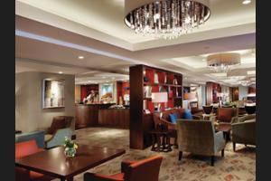 Shangri-La Hotel Jakarta - Hotel Bar