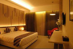 Grand Laguna Hotel & Villa