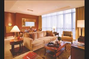 Oakwood Premier Cozmo Jakarta - Living Room