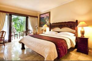 Hotel Kumala Pantai Bali - Hotel Bar