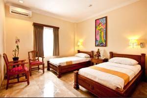 Hotel Kumala Pantai Bali - Outdoor Pool